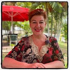 JESSICA J. LOCKHART  Instituto Internacional de Humanología logo
