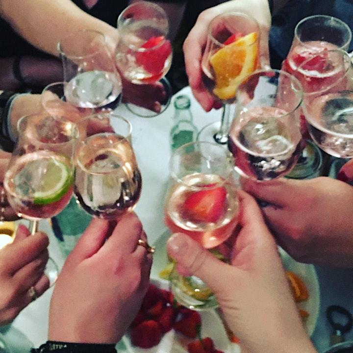"""Gin-Tasting """"Am Tor zur Welt"""": Bild"""