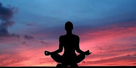 Yoga postnatal à distance 4 juin 19h30 tickets