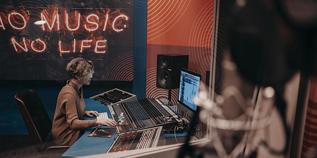 Music Business: Artist Branding Basics