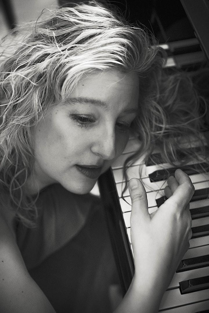 Imagen de DE VIENA A MOSCÚ:  recital de piano