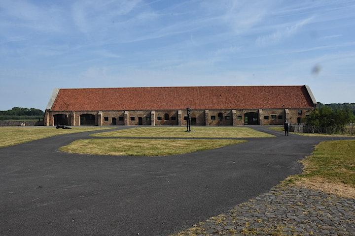 Afbeelding van Rondleiding site Ten Bogaerde, expo Dach & collectie Grard
