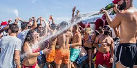 ALL-INCLUSIVE  BOAT PARTY in MIAMI SOUTH BEACH! tickets