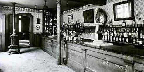 The Rise of Drinking Culture in 19th Century NOLA