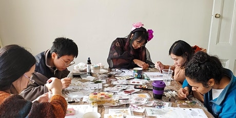 Make your own phone case. Dried flowers and resin class. tickets