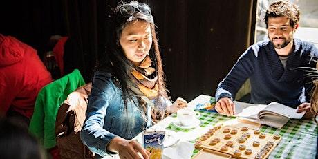 Ontdek babbelmethodieken om Nederlands te oefenen in een groep tickets
