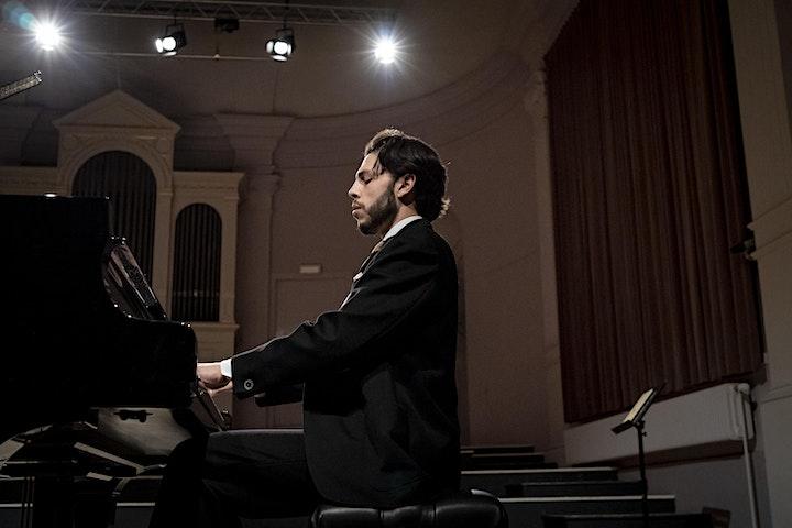 Afbeelding van Nicolas van Poucke speelt Beethoven & Schumann in Utrecht