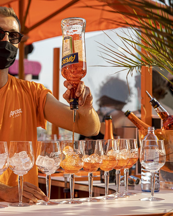 Aperol Spritz Bar Walking Tour Düsseldorf: Bild