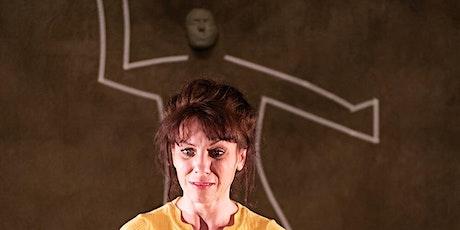 SAISONAUFTAKT - Die Frau, die gegen Türen rannte - Lesley Higl Tickets