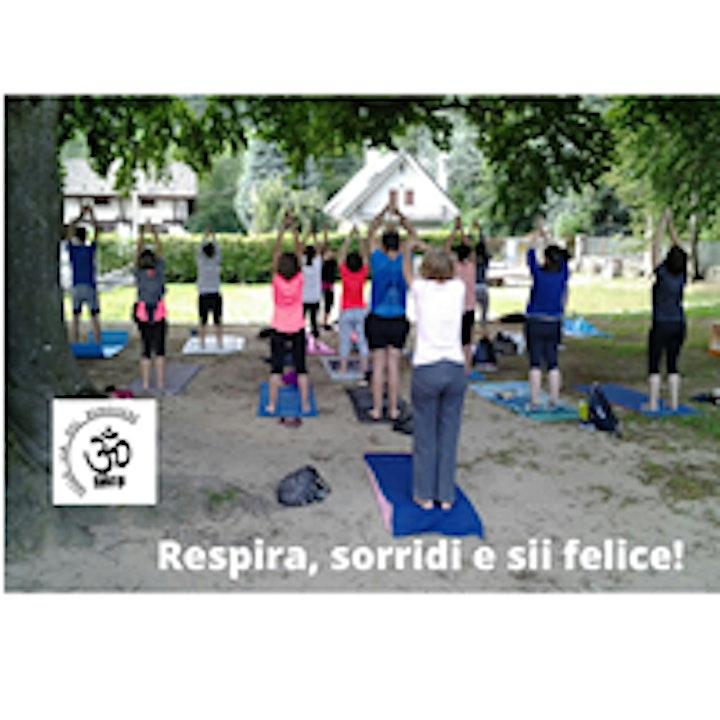 Immagine Yoga al Parco di Villa Antonia