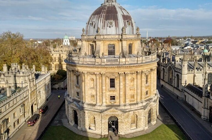 Treasure Hunt Oxford - Towers and Taverns - 2-2½ hours image