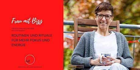 Routinen und Rituale für mehr Fokus und Energie | Frau mit Bizz tickets