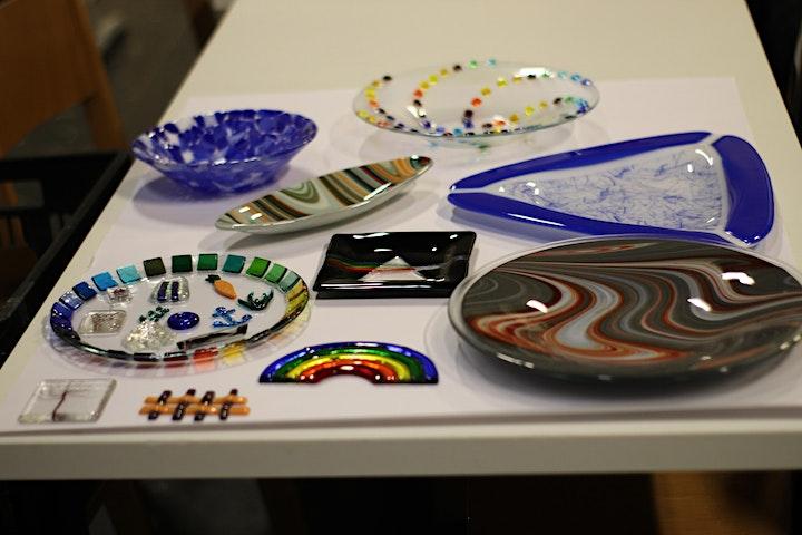 Gestalten mit farbigem Glas: Bild