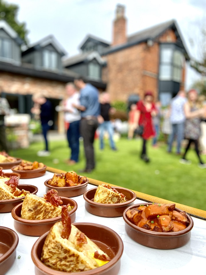 Crispy Balls Outdoor Spanish  Spectacular, Moregeous Supper Clubs image