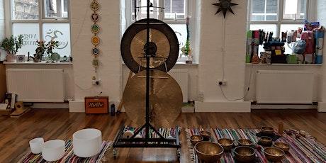 Gong Relaxation Sound Bath - Om Yoga Works, Farsle tickets
