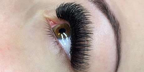 Classic & Volume Lash Extensions Training - Certified by @CreativeMakeover tickets