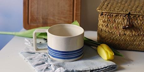 riVEmo -  Crea e decora la tua tazza per la colazione con Laura & Pottery biglietti