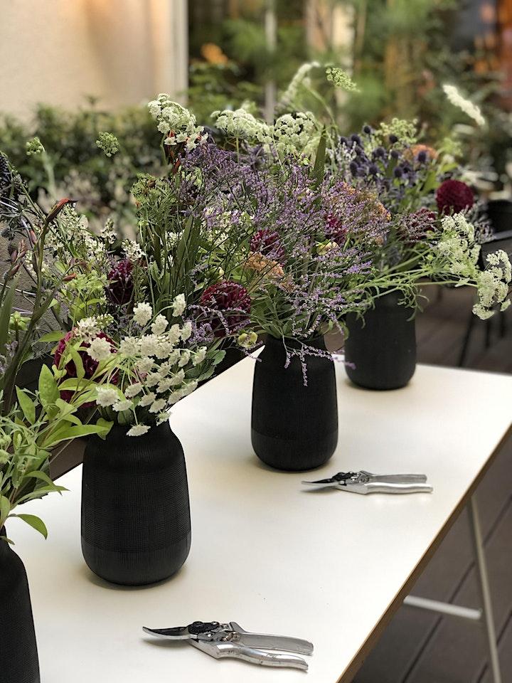 SOIS BLESSED  Flower Workshop - Wild Late Summer Bouquet: Bild