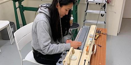 Lavori a Maglia - Machine Knitting- Intarsia Carriage 'Zoom' Online Class biglietti