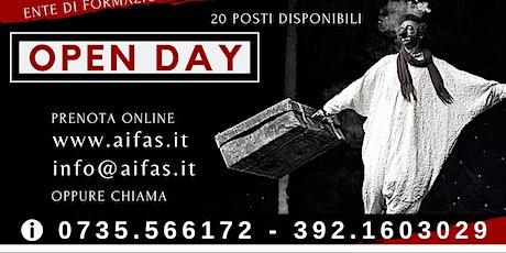 """Open-day Teatro Ragazzi 10-17 anni  """"Felicemente con il teatro"""" - 20 posti biglietti"""
