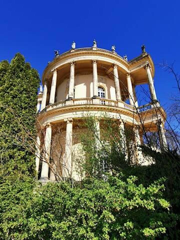 Schlösser und Magie Experience in Potsdam image