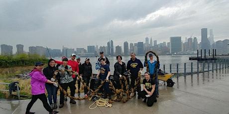 Manhattan: Brooklyn Bridge Esplanade River Cleanup tickets