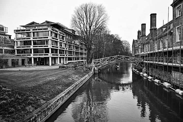 Cambridge day of photography with expert tuition image
