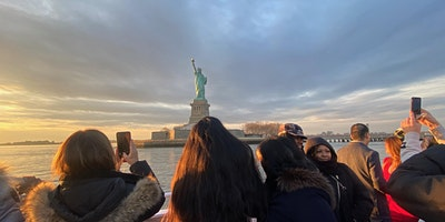 NYC+sightseeing+Boat+Tour