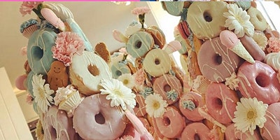 Christmas Doughnut Tower Masterclass & Cupcake Making