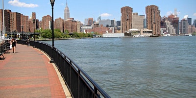 East River Date Walking (Sunset Singles Stroll)
