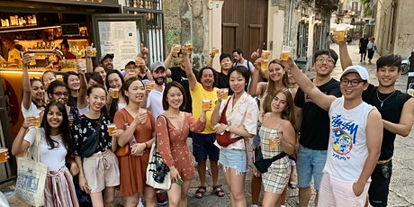Main squares & backstreets with a local guide (free beer!) tickets