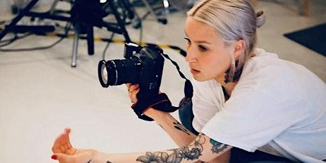Online & I butikk - Thea Einarsson- Tirsdag 22. september kl. 16:30-17:30 tickets