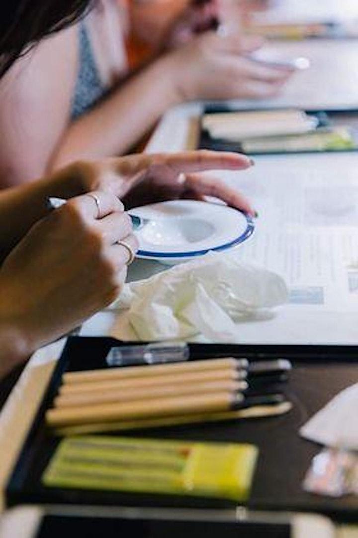 Art Kintsugi workshop at 3-day gift pop-up store in Cafe 0.6 image