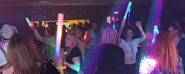 80s Smash Hits Retro Party Night image