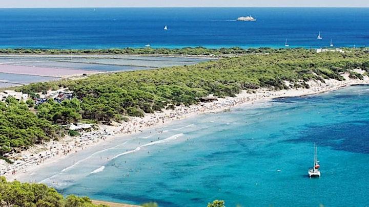 Imagen de Naturaleza, tradición y cultura en el parque Natural de las Salinas (Ibiza)