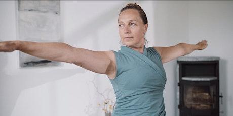 SOWOHL ALS AUCH: Mit Yoga zur mehr Ruhe, Kraft und Leichtigkeit (Online) Tickets