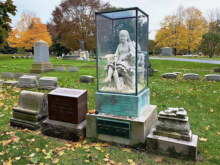 Virtual Tour: Graceland Cemetery in Autumn image