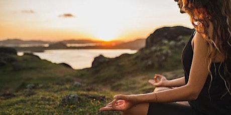 Scuola di yoga ed  esicasmo biglietti