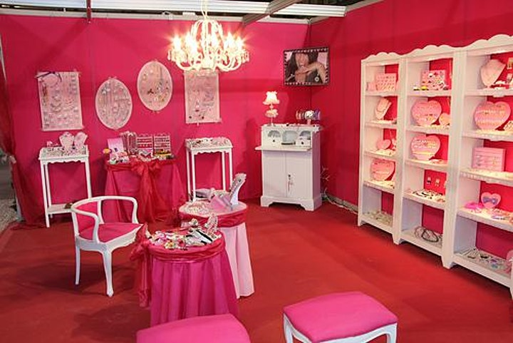 New Jersey Women's Expo Beauty + Fashion + Pop Up Shops + Crafting, Celebs! image