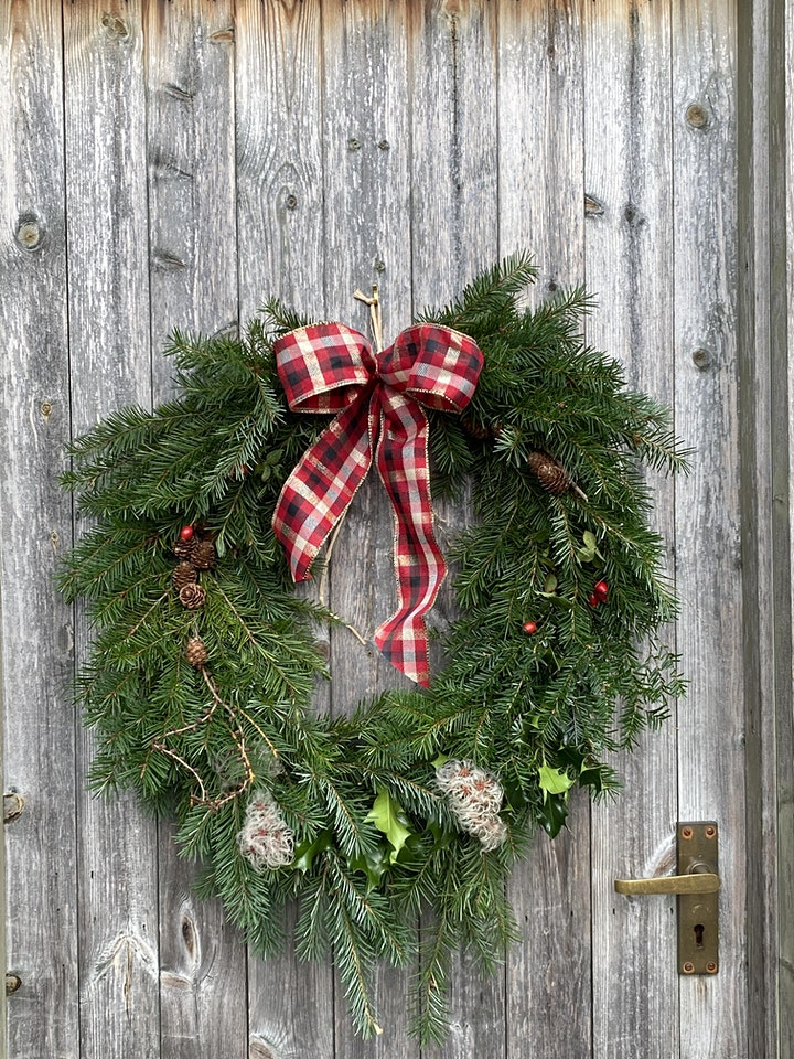 Wreath Making the Traditional Way - Afternoon Workshop image