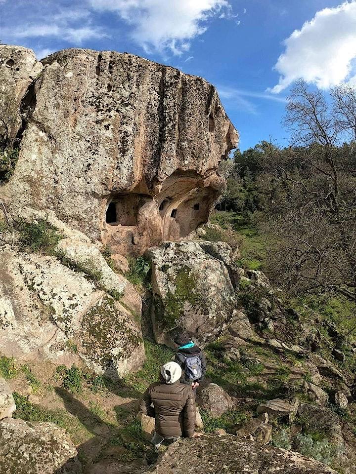 Immagine Escursione al Santuario Nuragico di Su Monte