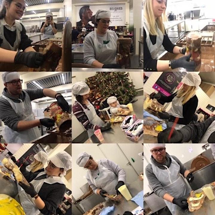 """Afbeelding van Chocolade Workshop """"Maak je eigen Kerstman"""""""