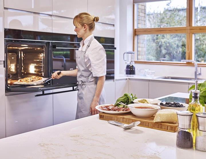 Perfect Pizza with Smeg : 'Cook-along' with Smeg's Home Economists image