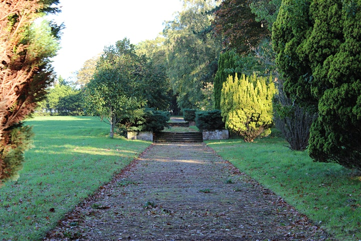 Thornton Manor Garden Walks image