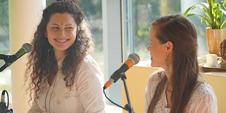 Mantra Yogastunde mit Aleah Gāndharvikā, Jess Ambā-ĀKĀŚA · Alchemy of Sound Tickets