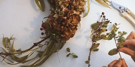 Foraged Wreath Workshop with Amanecer Floral
