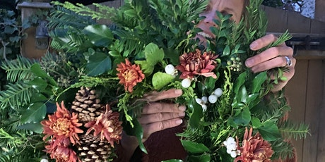 Online	Christmas Wreath Making Workshop with Nicol from Poetry in Petals tickets