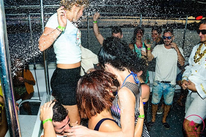 Miami Boat Party- unlimited drinks image