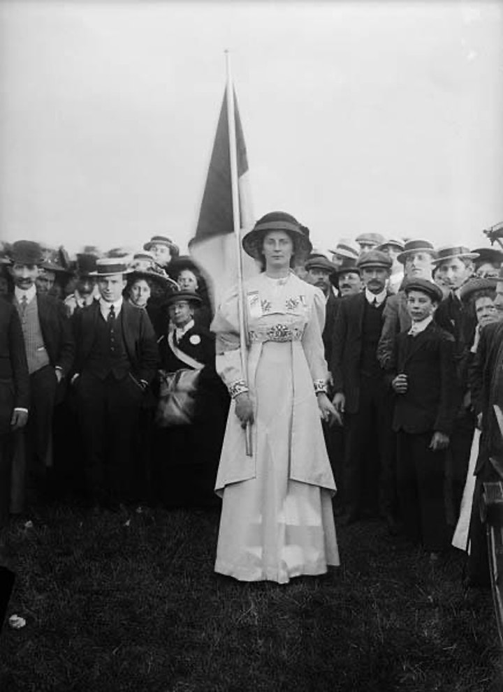 The Suffrage Photographs of Christina Broom, 1908-1913 by Beverley Cook image