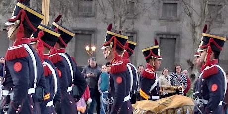 Curiosa Plaza de Mayo  y la ceremonia de la bandera-  Visita guiada entradas